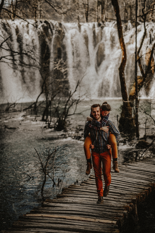 Lubos Krahulec, fotograf, vychod, Slovensko, presov, portrety, fotenie, rodinne foto, fotenie v prirode, v lese, natural portraits,