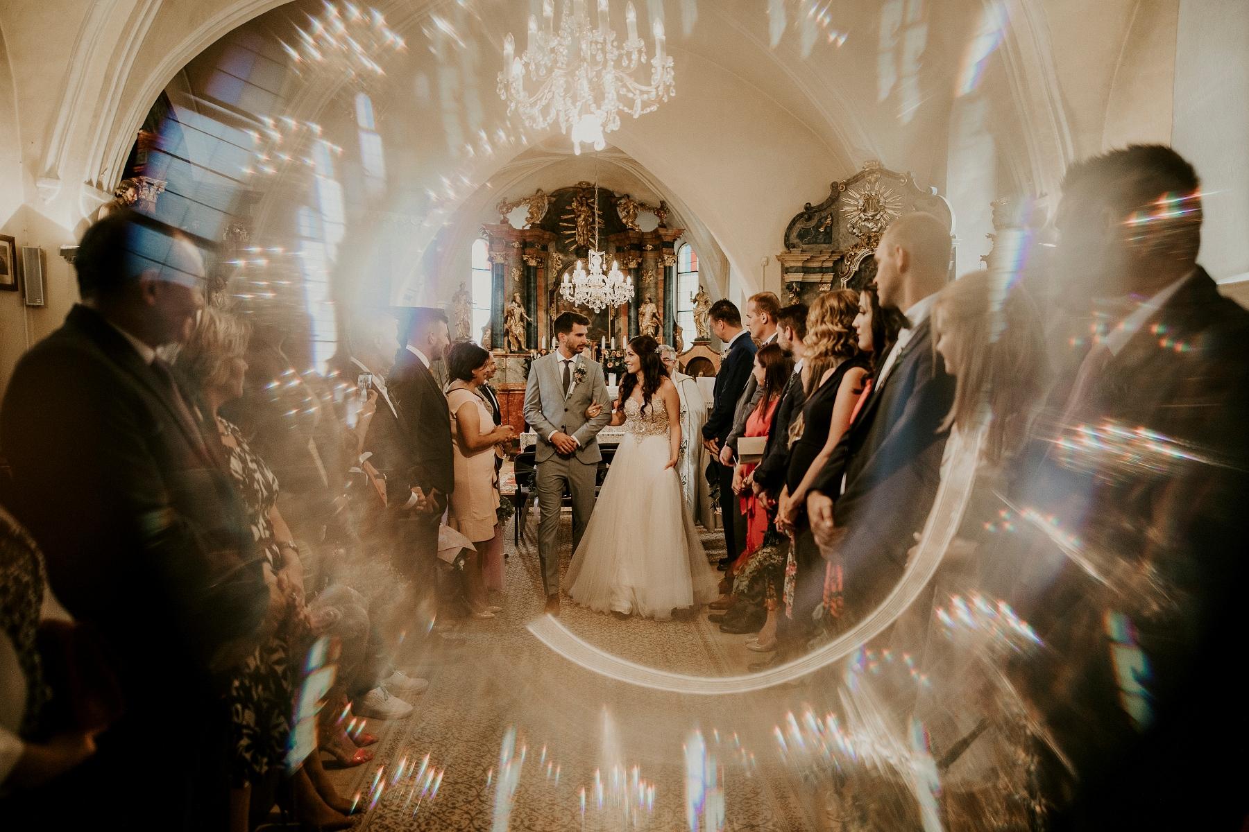 neco modra, svdba v modre, neco estate winery Modra,fotograf Kezmarok, Poprad, Tatry, fotenie v tatrach, fotograf Presov, lubos krahulec, slovensky raj, kameraman, fotograf vychod, stara lubovna, kosice, levoca, fotograf na svadbu, svadobne saty, kytica